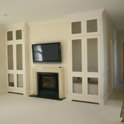Creme Marfil fireplace